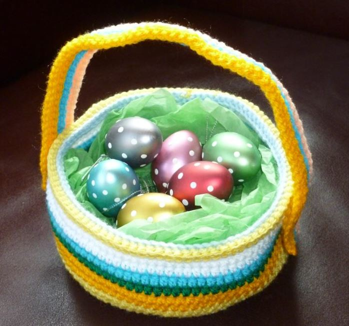 Easter colours yarn wool egg hunt basket crochet