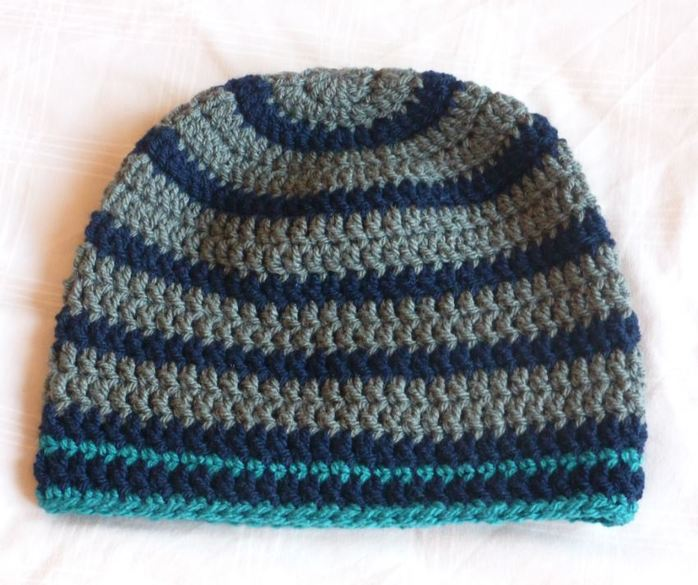 Crochet Basic Beanie Hat Pattern : How to Crochet a Basic Beanie Hat - Classie